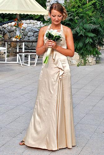 Svadobné a spoločenské šaty šité na mieru ed96ff70aba